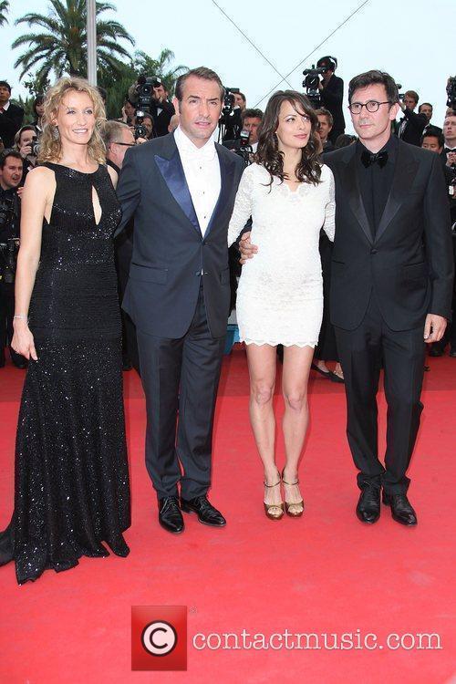 Jean Dujardin with Alexandra Lamy and Berenice Bejo...