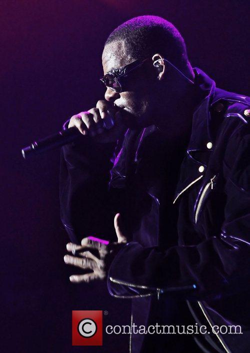 R Kelly 3
