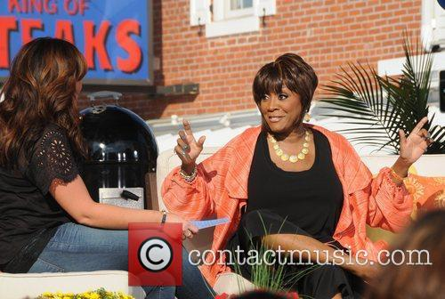 Rachael Ray and Patti Labelle 3