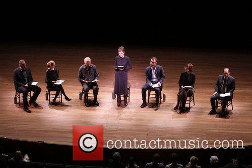 Brent Sexton, Alan Alda, Allison Janney, David Morse, Liev Schreiber and Maggie Gyllenhaal 5
