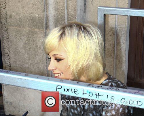 Pixie Lott Kylie Minogue Poses Wax Figure