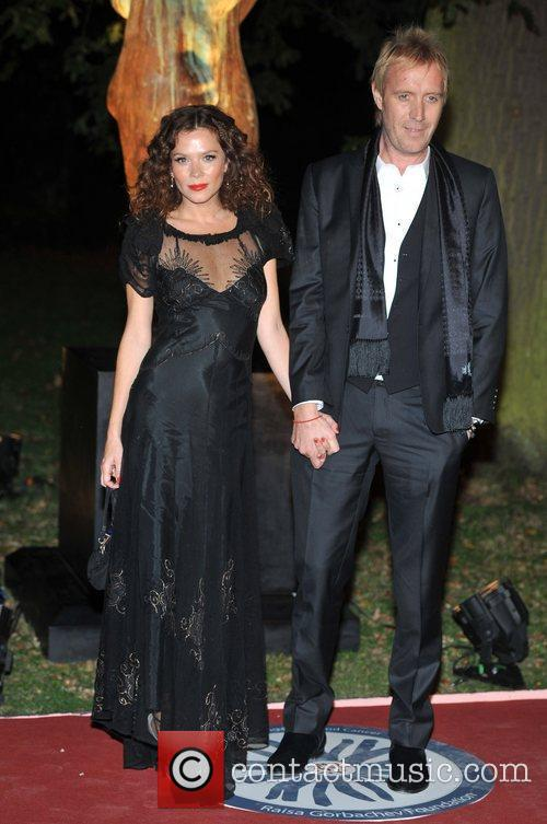 Anna Friel, Rhys Ifans and Hampton Court Palace 2