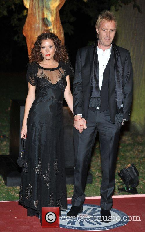 Anna Friel, Rhys Ifans and Hampton Court Palace 9