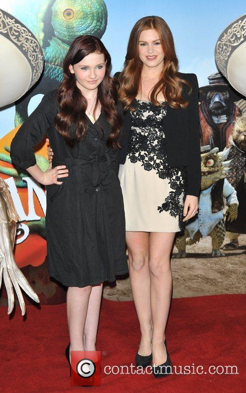 Isla Fisher and Abigail Breslin 3