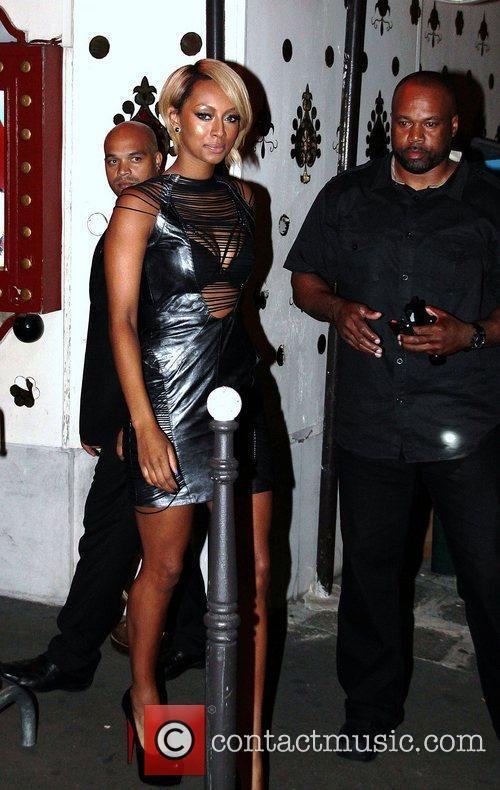 Keri Hilson leaving Raspoutine nightclub with her black...