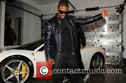 Ray J films his music video for 'Amazin'...