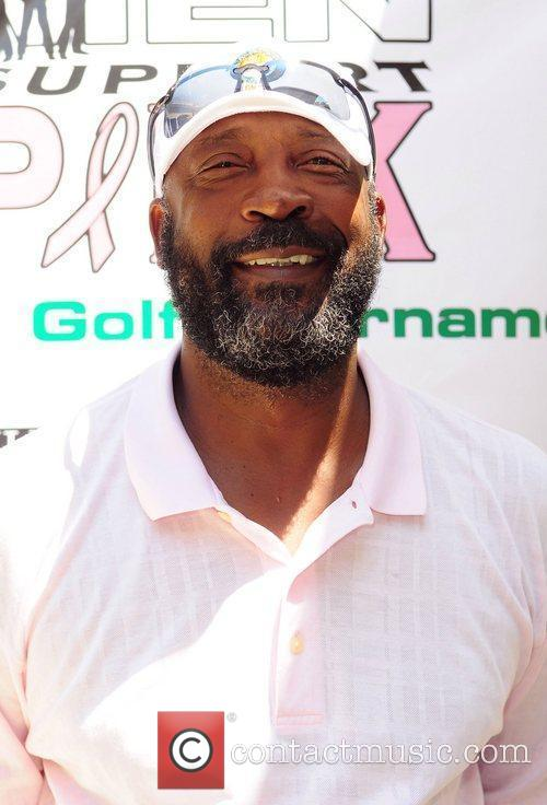 Former NFL player Tony Nathan Real Men Support...