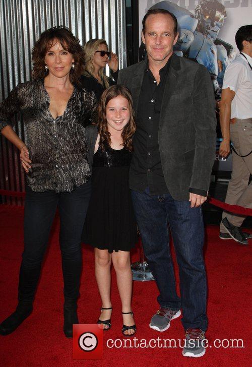 Jennifer Grey and Clark Gregg 3