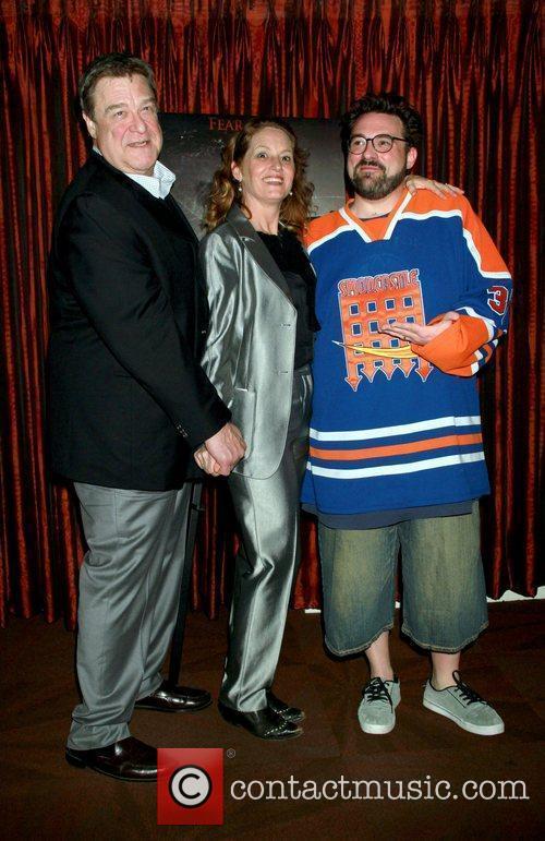 John Goodman, Kevin Smith and Melissa Leo 7