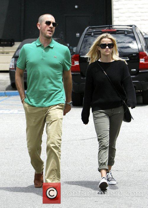 Reese Witherspoon and Jim Toth go for lunch...