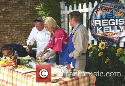 Kelly Ripa and Regis Philbin 7