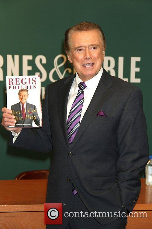 Regis Philbin signs his new book 'How I...