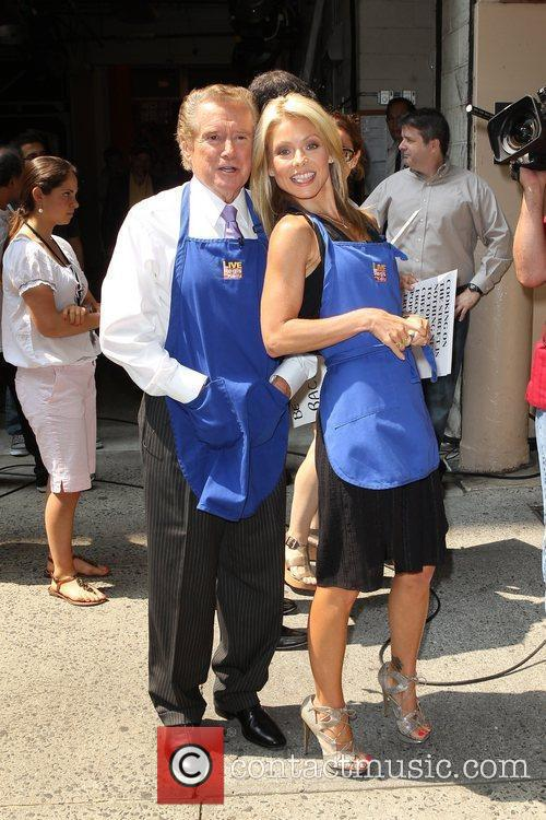 Kelly Ripa and Regis Philbin 14