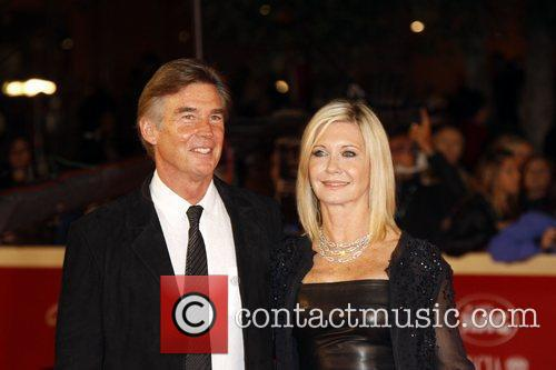 Olivia Newton-john and John Easterling 8
