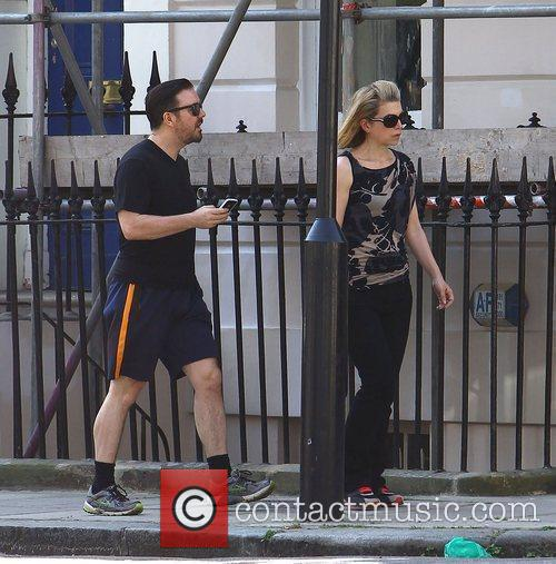 who is ricky gervais girlfriend. Ricky Gervais Gallery