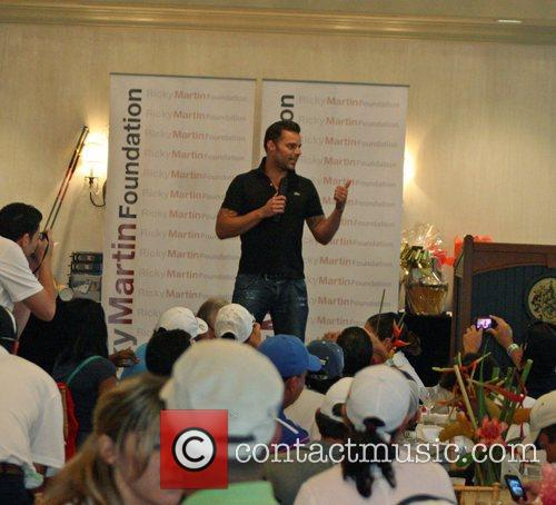 Ricky Martin addresses players participating in the Ricky...