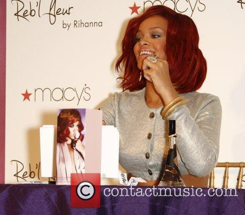 Rihanna 3
