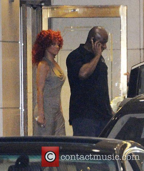 Rihanna  leaving her Toronto hotel at 2am...