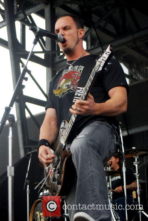 Alter Bridge Rock On The Range 2011 at...