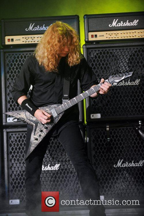 Dave Mustaine and Mayhem 7