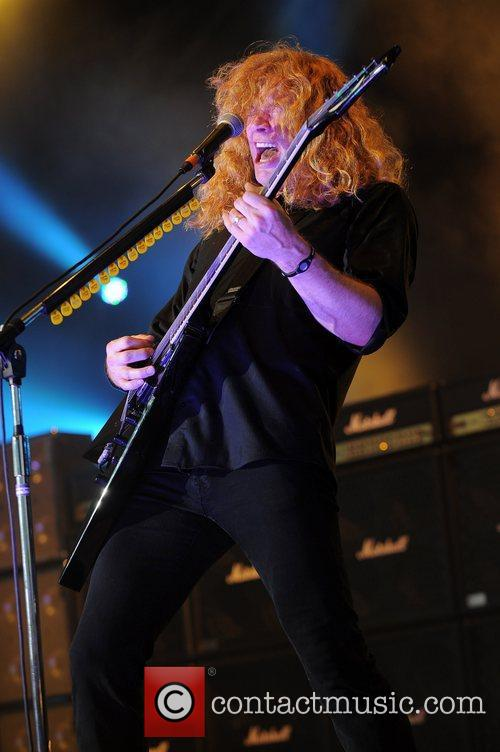 Dave Mustaine and Mayhem 10
