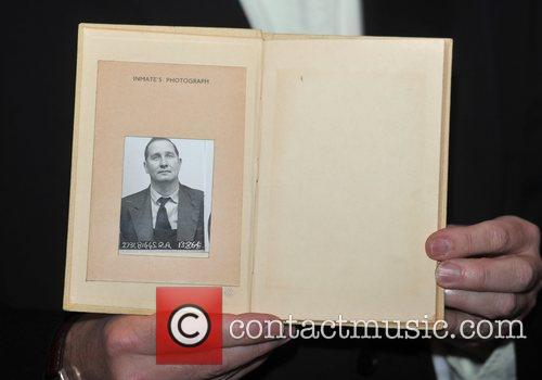 Prison Log Book Ronnie Biggs launches his autobiogrpahy...