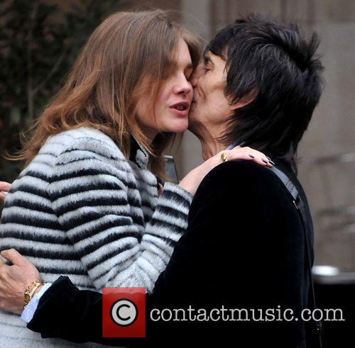 Ronnie Wood and Natalia Vodianova 6