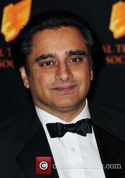 Sanjeev Bhasker, 1