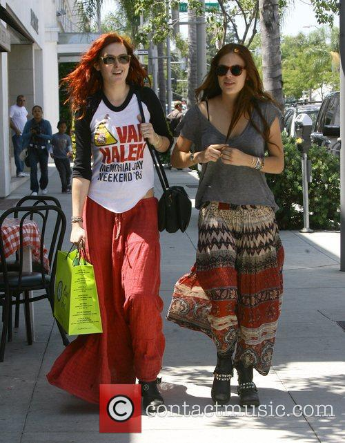 Rumer and Tallulah Willis shop together in Beverly...