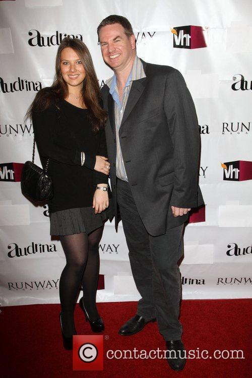 Helen Ozhitskaya, Phil Jones VH1 Joins Runway Magazine...