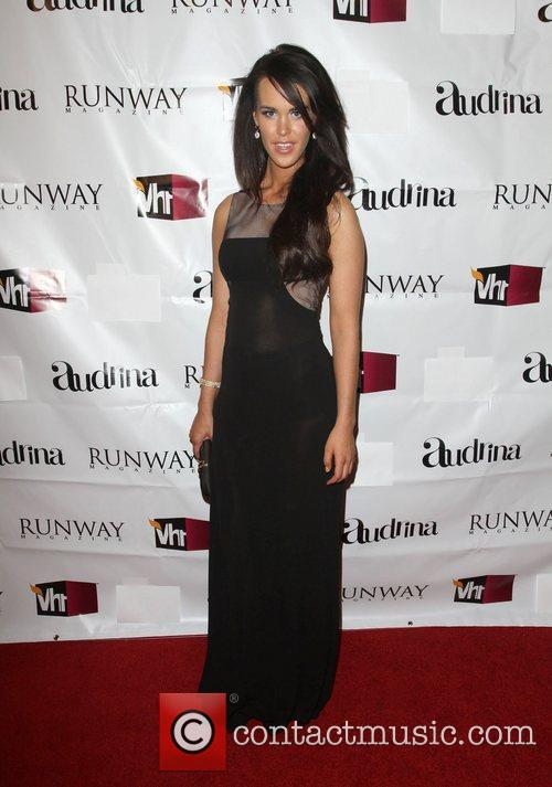 VH1 Joins Runway Magazine To Kick Off Spring...