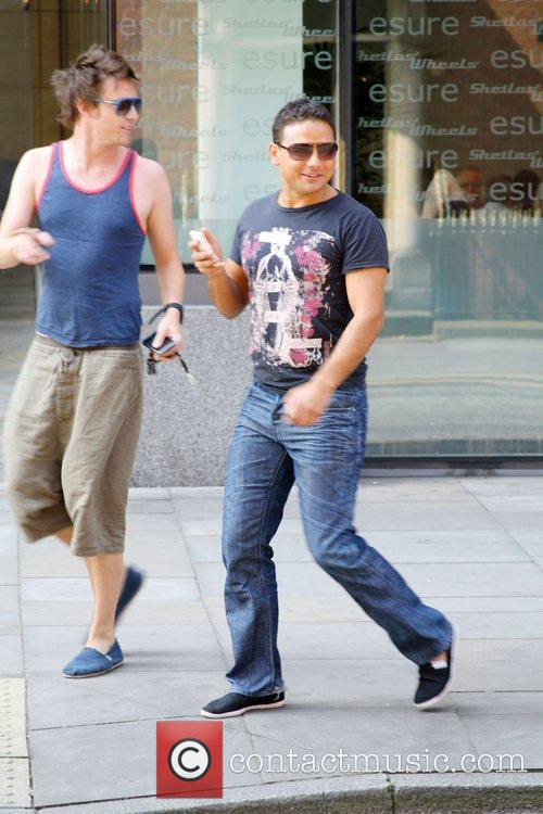 Coronation Street actor Ryan Thomas goes for coffee...
