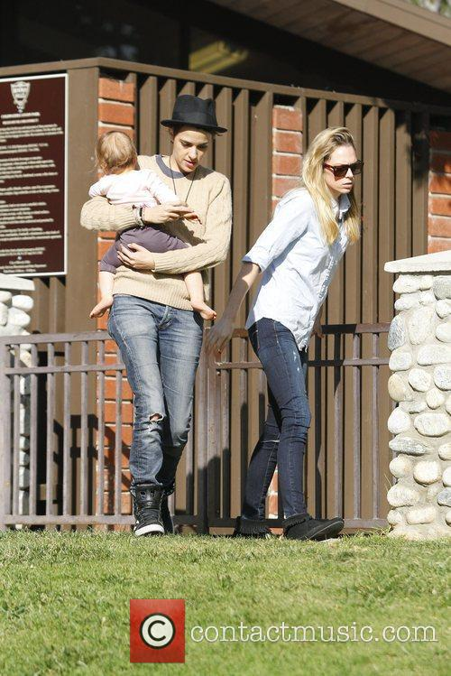 Samantha Ronson and friends spend the day at...