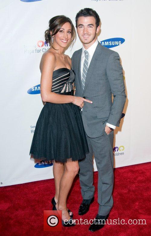 Danielle Jonas and Kevin Jonas 2011 Samsung Hope...