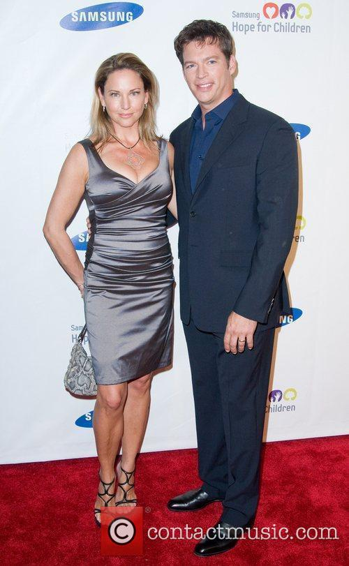 Jill Goodacre and Harry Connick Jr 2011 Samsung...