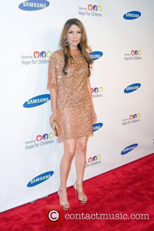 Linda Lopez 2011 Samsung Hope For Children Benefit...
