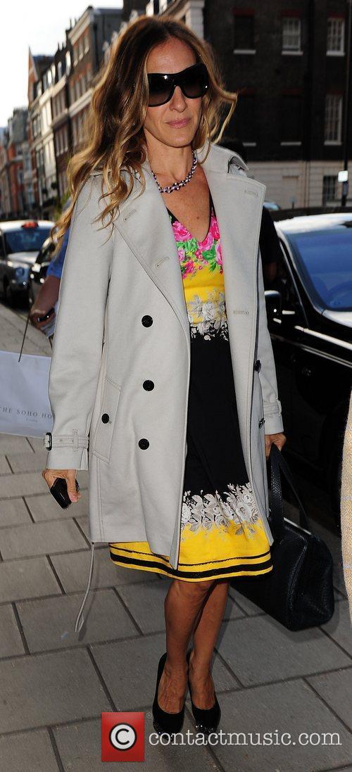 Sarah Jessica Parker returning to her hotel London,...
