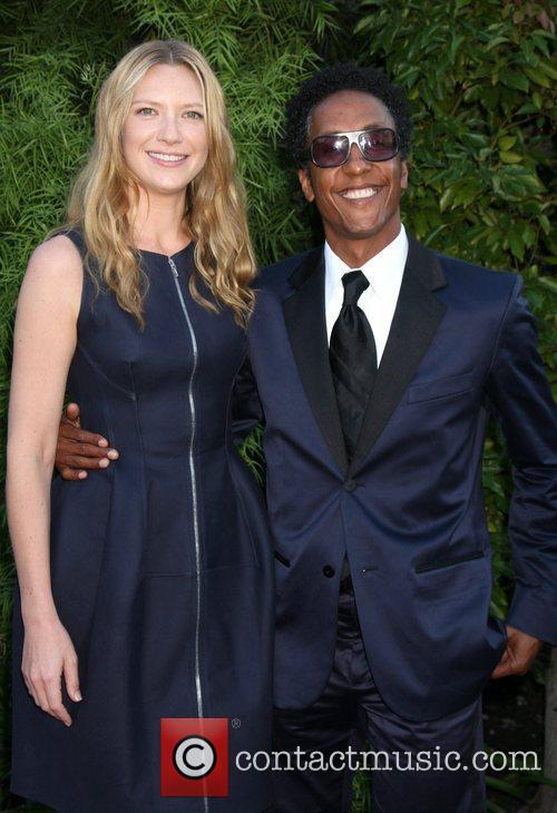 Anna Torv and Andre Royo