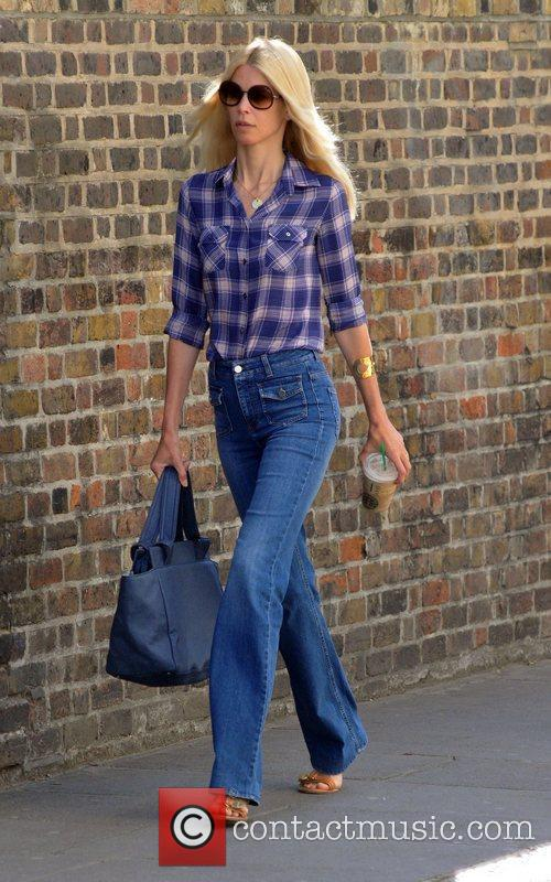 Claudia Schiffer 8