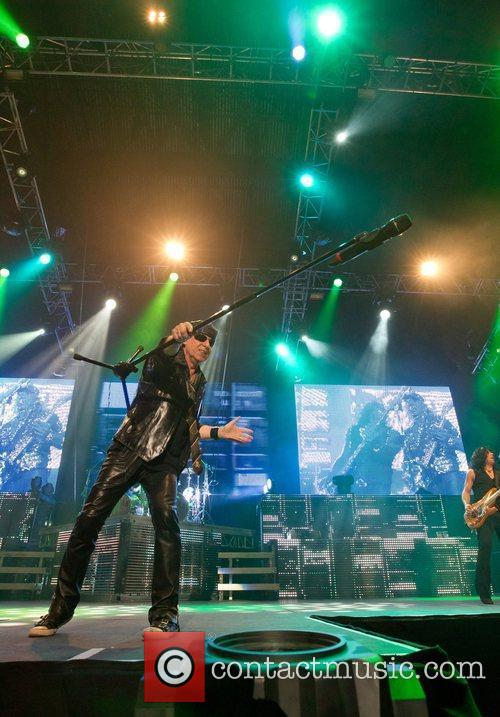 Scorpions and Pavilhao Atlantico 9