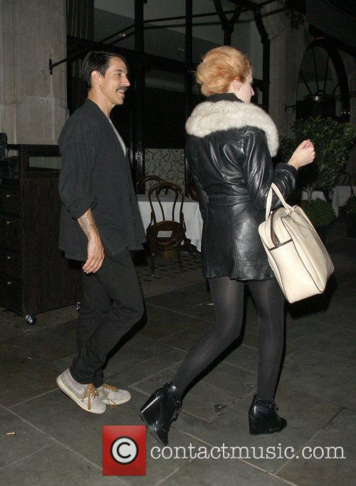 Anthony Kiedis leaving with Beth Jeans Houghton, a...