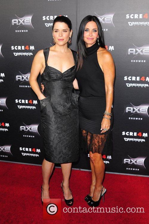 Neve Campbell, Courteney Cox World Premiere of 'Scream...