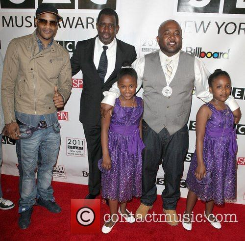 Jaheim, Trevor Gale, Earl Hood, and his two...