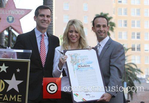 Eric Garcetti, Shakira  Shakira is honoured with...