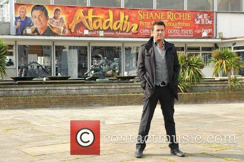Eastenders star poses for pictures to promote 'Aladdin'...