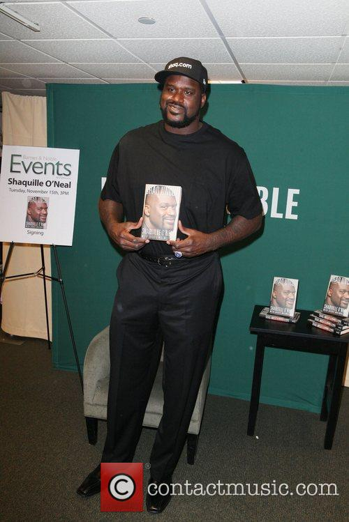 Shaquille O'Neal  promotes his new book, 'Shaq...