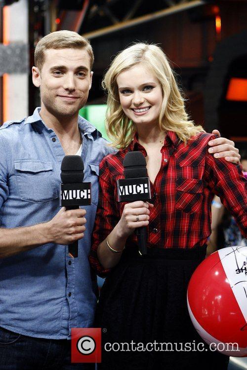 Sara Paxton and Dustin Milligan 5