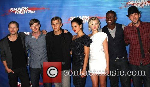 Dustin Milligan, Chris Carmack, Chris Zylka, Joel David Moore and Sara Paxton 2