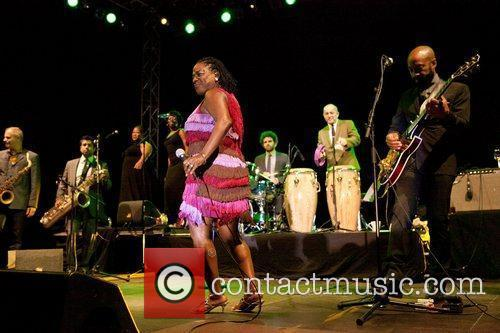 Sharon Jones And The Dap-kings 2