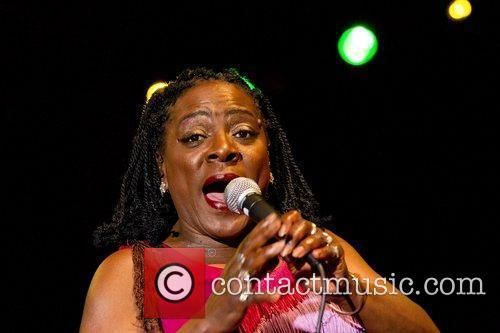 Sharon Jones And The Dap-kings 3